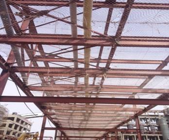 全场工艺外管钢结构上安全网以及跳板的